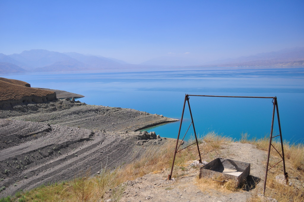 Lacul Toktogul din Kyrgysztan