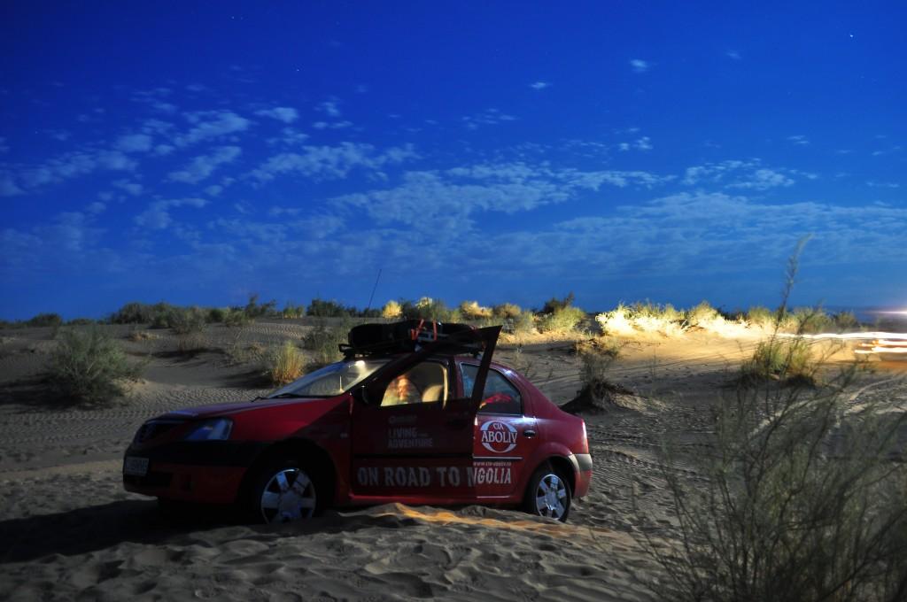 Car stuck in the Karakum desert